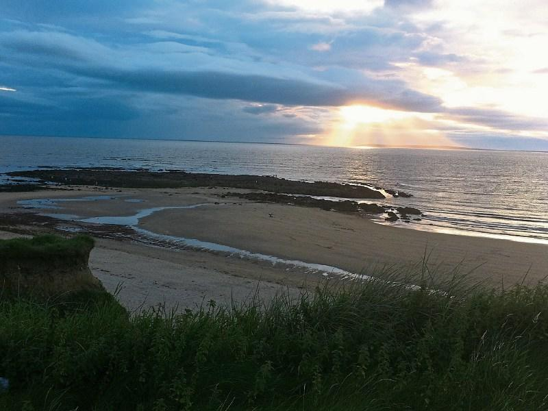 Limerick to Inch beach - 4 ways to travel via train, bus, and line