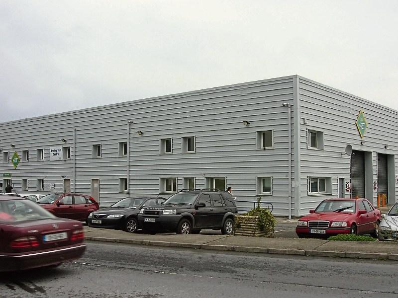Official Ford dealership   Lyons of Limerick Ltd
