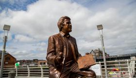 WATCH: Limerick people have their say on new Terry Wogan statue