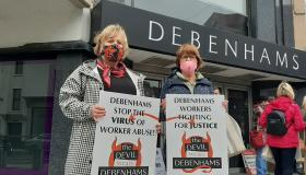 WATCH: Former Debenhams workers picket outside Limerick store to mark 150 days since closure