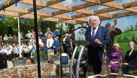 WATCH: Sun shines as President Michael D Higgins unveils Tidy Towns plaque in Birdhill