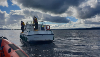 Lough Derg RNLI receive two calls at same time from vessels in difficulty