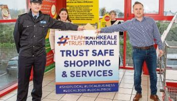Limerick town plans for a very happy Christmas - gardaí speak with locals over festive policing plan