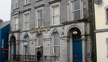 Closure of Limerick bank branches slammed as 'shameful'