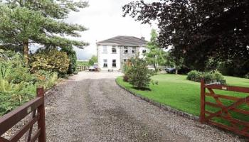 Limerick Property Watch: Fall in love with this Birdhill home