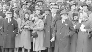 SLIDESHOW: Christmas racing in Limerick on St Stephen's Day 1955