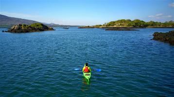 Lim GDO - Emerald Outdoors offer spectacular guided tours of Kenmare Bay