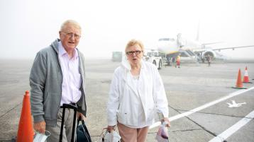 WATCH: Smiles at Shannon as passengers take to the skies