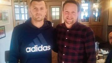 Limerick man watches Spurs-Arsenal in company of his footballing hero