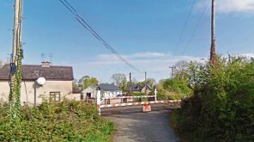 Cross meeting over proposed closure of level crossings in Limerick
