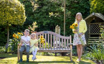 Sponsor a virtual sunflower to help support Limerick's Milford Hospice