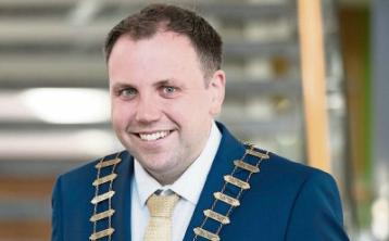 Clare Mayor calls for robust Government response to regional job losses