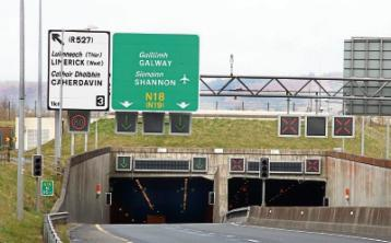 Lane closed in Limerick Tunnel following oil spill