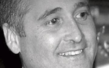 Mourners queue in cars in Rhode Island for late Murroe man