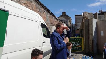 WATCH: Limerick's own 'The Field' sells for €337k at 'old school' auction in laneway