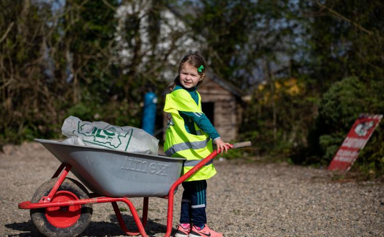 SLIDESHOW: Sun beats down on Limerick for 'different but doable' Team Limerick Clean-Up
