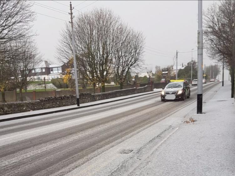 Derry issued with snow-ice weather warning