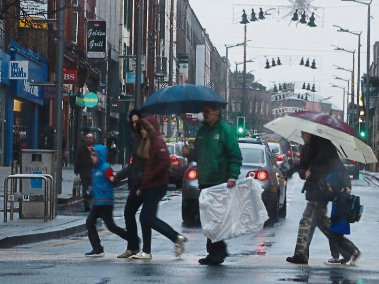 More wind, rain and snow set to sweep country warns Met Éireann
