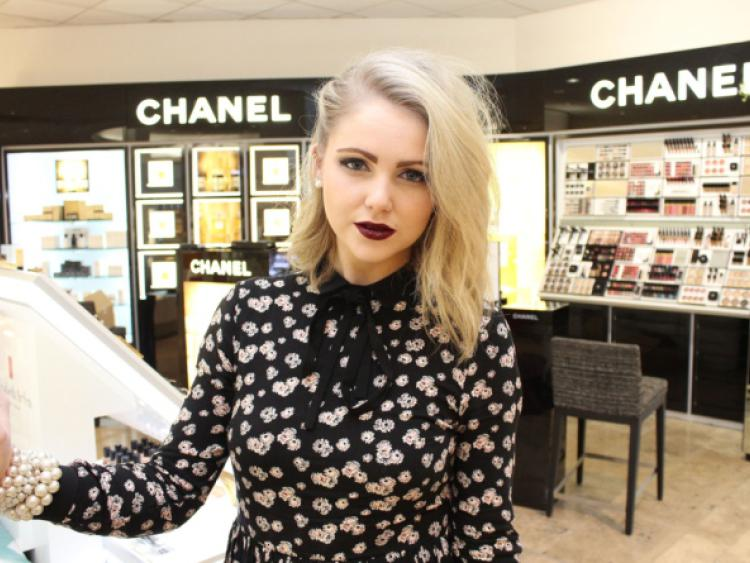 237d83740c8 Fashion and beauty blogger Niamh Webb O Rourke pictured while browsing in  Brown Thomas Limerick